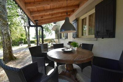 Maison de vacances moderne pour max 10p avec un joli jardin,au cœur de la France