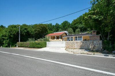 Maison de vacances apaisante à Starigrad près de la mer