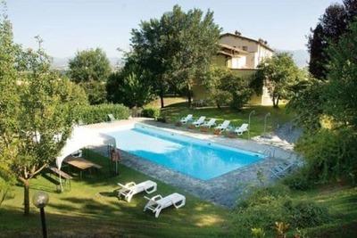 Maison de vacances rustique à Città di Castello avec piscine