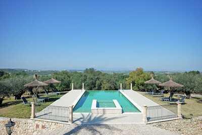 Luxueuse maison de campagne avec vues , située sur une magnifique propriété