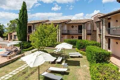 Maison de vacances de luxe à Collazzone avec sauna