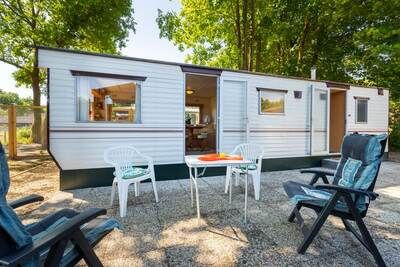 Maison de vacances confortable à Garderen avec vue sur la lisière de la forêt et