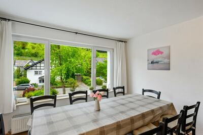 Magnifique maison de vacances avec terrasse à Winterberg