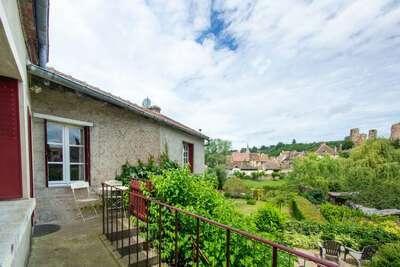 Belle maison de vacances à Hérisson avec jardin privé