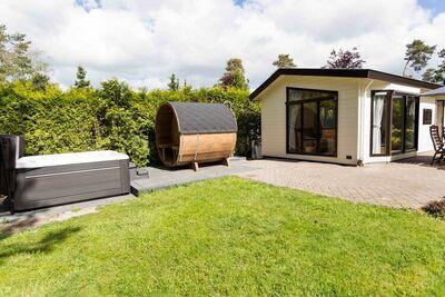 Joli chalet avec sauna et jacuzzi, près de De Veluwe