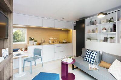 Chalet moderne avec 2 salles de bain en Frise