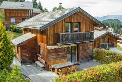 Chalet spacieux à Annaberg-Lungötz avec sauna partagé