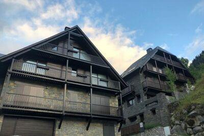 Agréable maison de vacances à Tredos près du domaine skiable