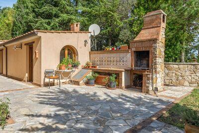 Ferme accueillante à San Venanzo avec jardin