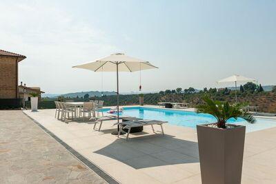 Splendide maison de vacances à Pescara avec piscine