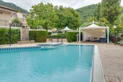 Elégant appartement dans Resort avec piscine entre nature et tranquillité