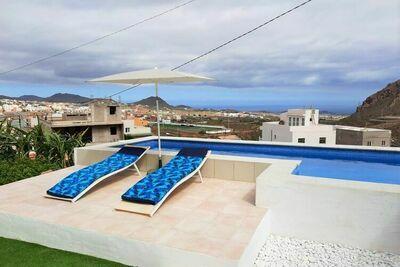 Casa Héctor, avec piscine privée et vue sur la mer !