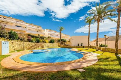 Jolie maison de vacances à Relleu avec terrasse privée