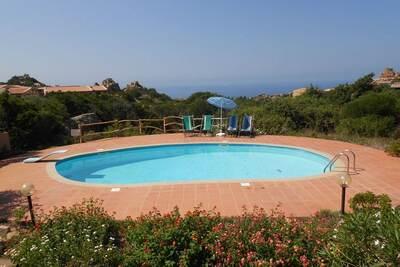 Villa confortable à 2 km de la mer avec vue panoramique sur la Costa Paradiso !
