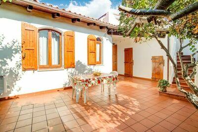 Villa Suave à La Ciaccia avec jardin et terrasse sur le toit