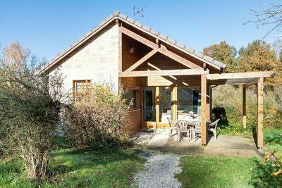 Maison de vacances numéro 16 à Signy-le-Petit avec terrasse couverte