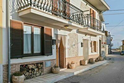 Belle maison de vacances dans le parc Sirente Velino, avec terrasse panoramique