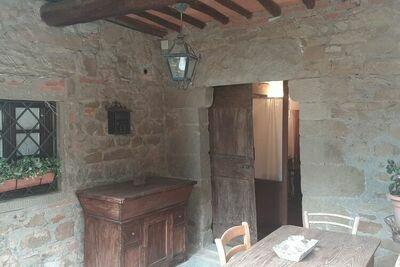 Maison de vacances historique à Greve in Chianti avec bain à remous