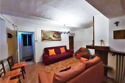 Petite maison dans le centre historique d'un petit village de la région d'Asti