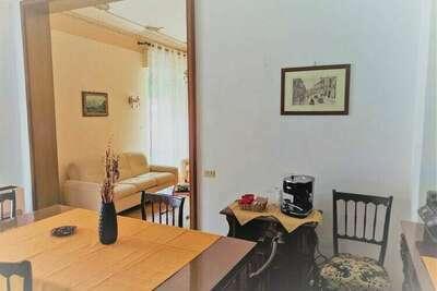 Belle maison de vacances à Castelvetrano avec balcon