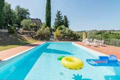 Propriété authentique au coeur du Chianti Classico avec piscine privée