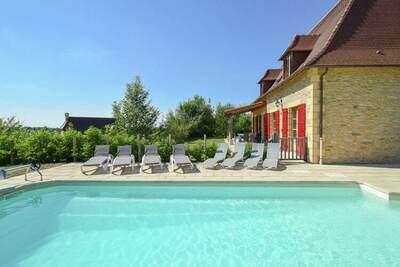 Villa de luxe avec piscine, vue panoramique et de place pour deux familles