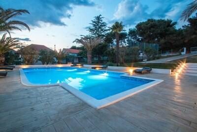 Maison de vacances de luxe à Bibinje près de la mer