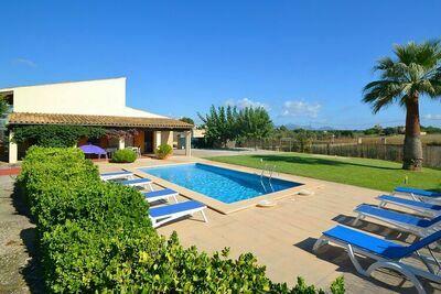 Cottage confortable avec piscine privée à 3 km des plages de Can Picafort