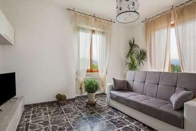 Maison de vacances confortable à Borgo San Lorenzo avec jardin privé