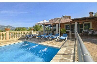 Cottage confortable avec piscine et climatisation pour 6 personnes