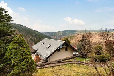 Majestueuse maison de vacances à Unterschönau avec jacuzzi