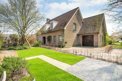 Maison de vacances confortable près de l'Efteling à Nieuwkuijk avec un jardin
