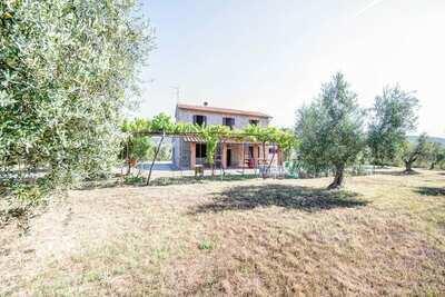 Maison de vacances de style toscan à Bagno di Gavorrano avec barbecue