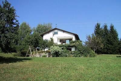 Jolie maison de vacances à Ludmannsdorf avec terrasse