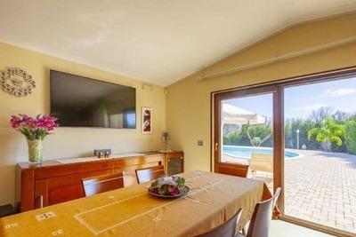 Maison de vacances accueillante à Melissano avec piscine