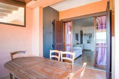 Belle maison de vacances à Marinella avec terrasse
