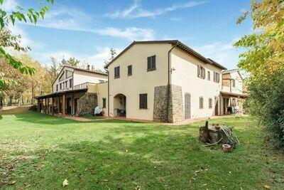 Agréable maison de vacances à Torgiano près du musée du vin