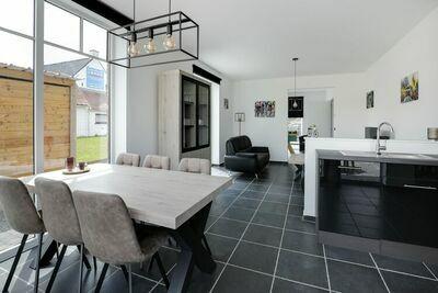 Jolie maison avec terrasse et jardin à Renaix idéale pour les cyclistes