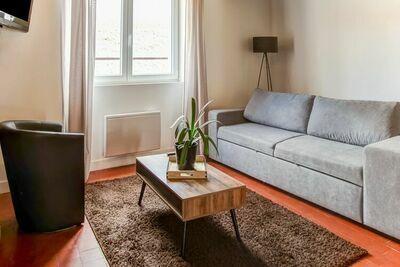 Maison de vacances accueillante à Châtillon-Coligny avec jardin