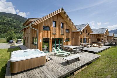 Chalet moderne en bois à Sankt Georgen ob Murau avec sauna infrarouge