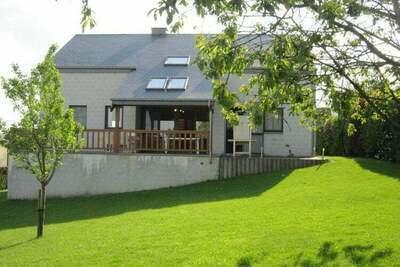 Maison de vacances contemporaine à Houffalize avec jardin