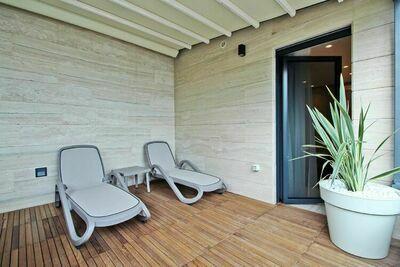 Luxueux appartement de deux chambres avec vue sur la mer à Crikvenica