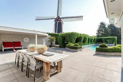 Villa individuelle à Moergestel avec piscine et jacuzzi