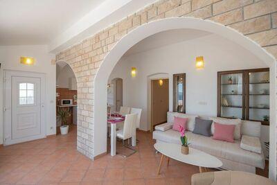 Appartement pour 4 personnes avec vue sur la mer à Baska Voda