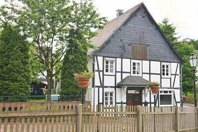 Maison de vacances indépendante dans le Sauerland - jardin clôturé avec mobilier d'extérieur
