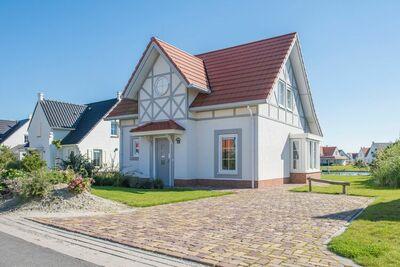 Villa indépendante avec 2 salles de bains, plage à 400m.