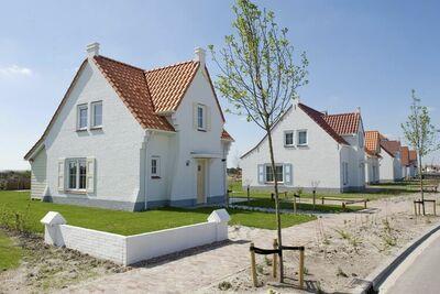 Villa de luxe avec chauffage de terrasse, plage à 400 m.
