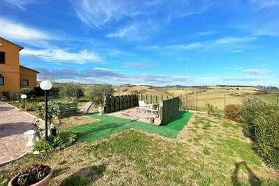 Maison de vacances traditionnelle à Recanati avec piscine privée