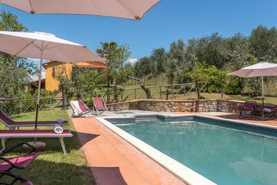 Belle villa à Lucignano avec piscine privée