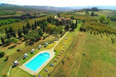 Logement caractéristique à Orvieto avec piscine